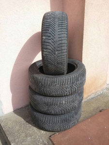 Michelin gume 225 55 18 R18