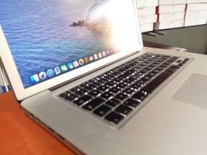"Laptop MacBook Pro 15.6"" MID2010 / i7 / 8gb / 500gb"