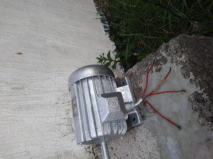 Trofazni elektromotor