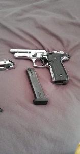 pistolj plinski