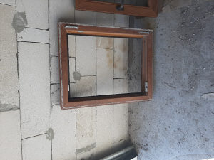 Prozor plasticna stolarija