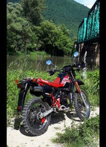 Kawasaki cross kroser motor motocikl kmx 125