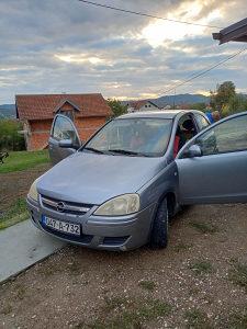 Opel Corsa c (4 nove zimske gume)
