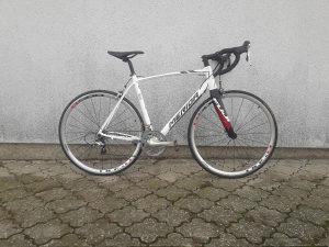 Cestovni bicikl Merida Scultura 500