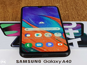 SAMSUNG A40 (DUOS)---4 // 64 GB