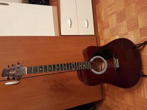Ozvucena akusticna gitara Stagg