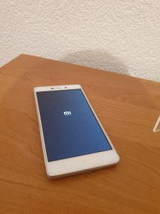 Xiaomi Redmi 3 Odlican