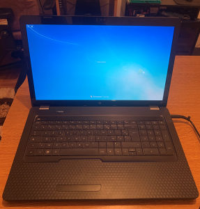 "Laptop HP G72 17,3"" Intel P6100/4GB/HDD640GB"